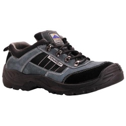 Portwest FW64 Steelite™ Trekker Safety Shoe S1P